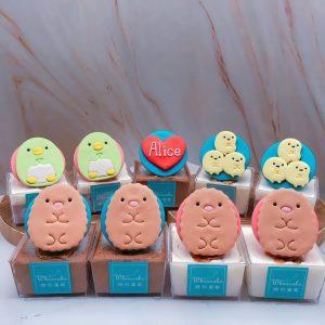 角落生物企鵝杯子蛋糕推薦,炸豬排造型杯子蛋糕手作分享